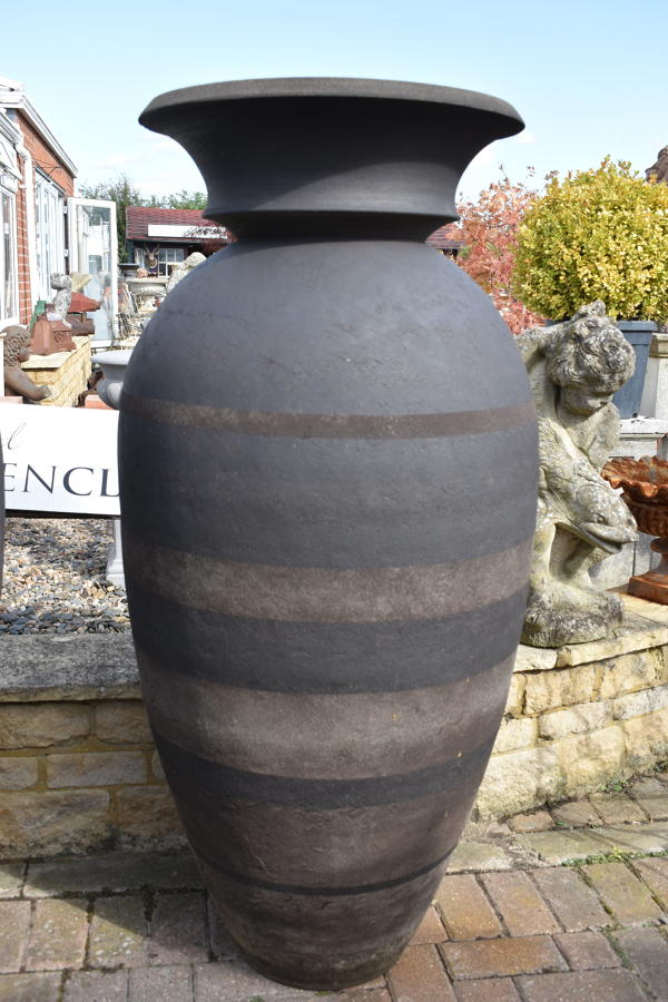 Enigma ceramic pot by Philip Simmonds