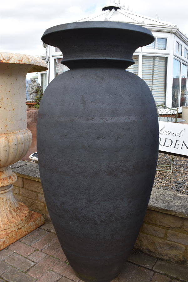 Enigma pot by Philip Simmonds