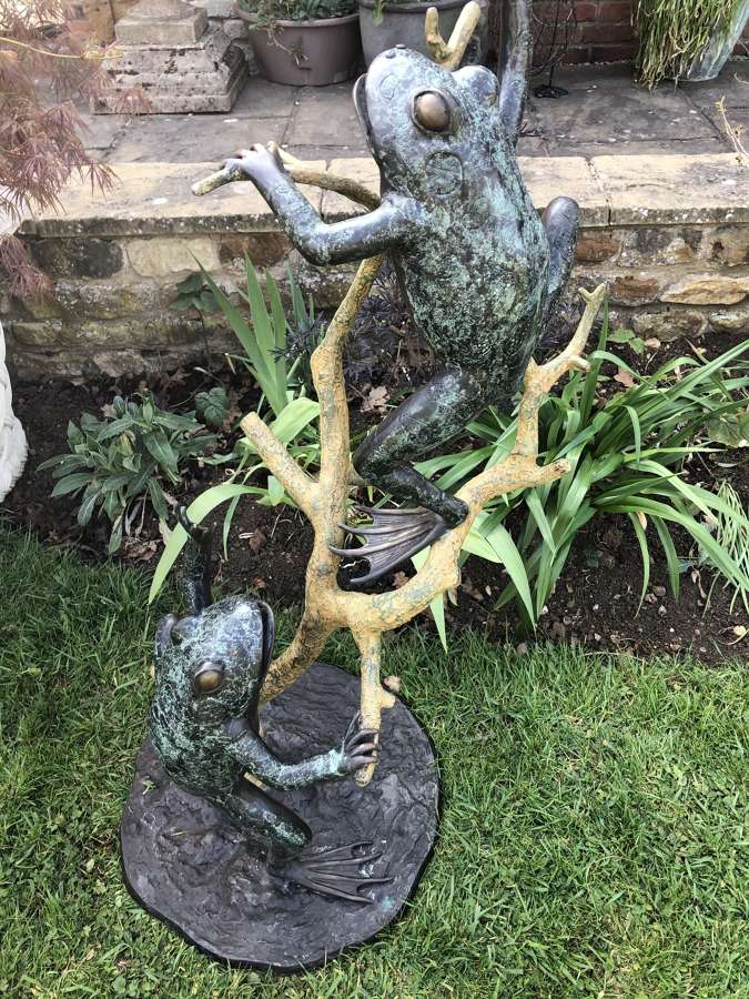 Bronze frog statue - bronze water feature 103 cm