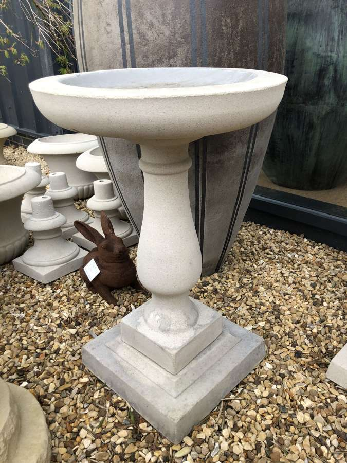 Pedestal bird bath - bird baths